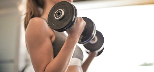 Kaloriendefizit und Muskelaufbau
